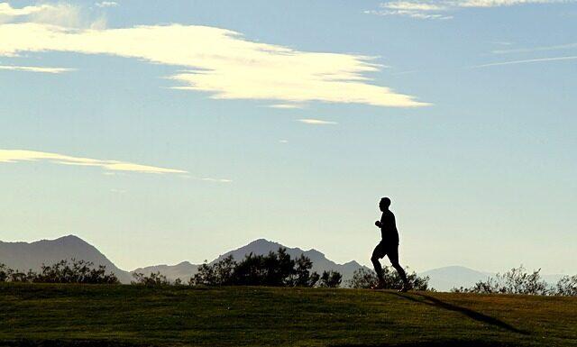 bieganie, technika biegu, aktywny tryb życia, zdrowie