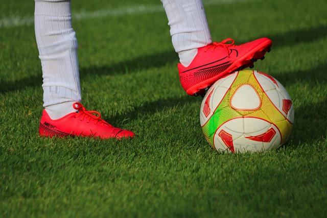 buty piłkarskie, sport